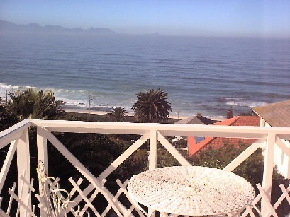 Sea views from all windows. R3 300 000 reduced to R2 900 000.