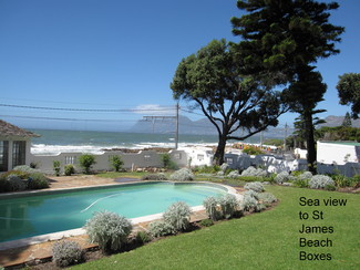 R10 600 000  Splendid historical home with panoramic sea views.